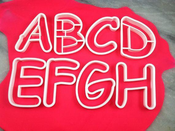 Comic Sans Alphabet-Cookie-Cutter-Set - Wähle deine eigene Größe - schnelle Zustellung!