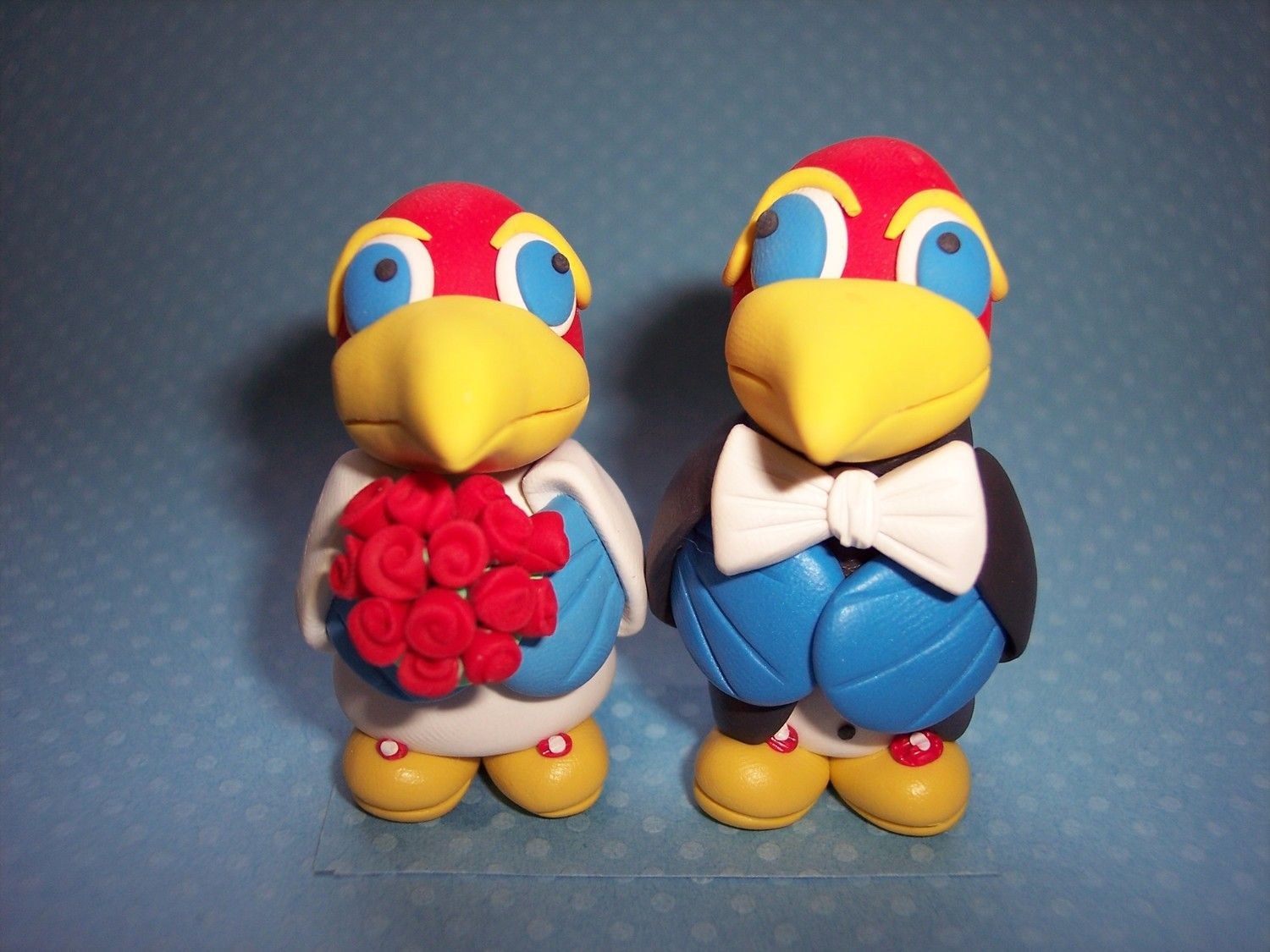 Bride and groom Jayhawks.  Cute!  Rich and I should have had these!