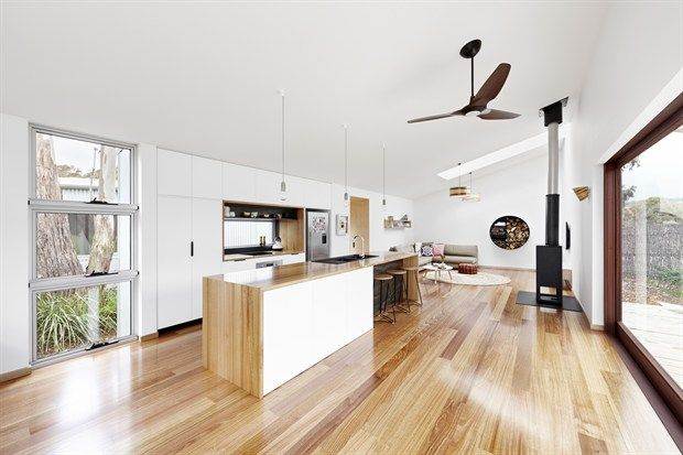 Turners beach house grand designs australia and it happens to be my sister brother in laws  dot pop also rh pinterest