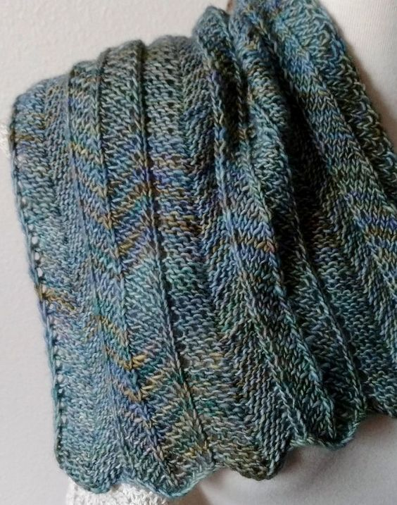 Knitting Pattern For Easy One Row Repeat Chevron Scarf This Easy