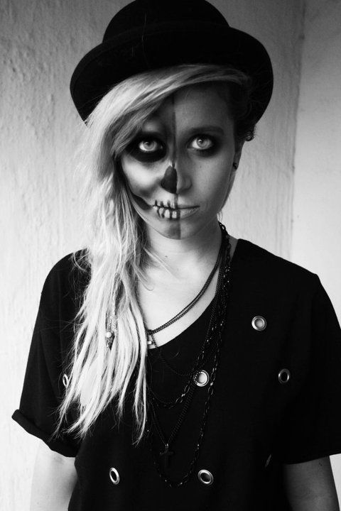 Oooo yes! This is cool! Spooktacular Makeup Pinterest - cool halloween ideas