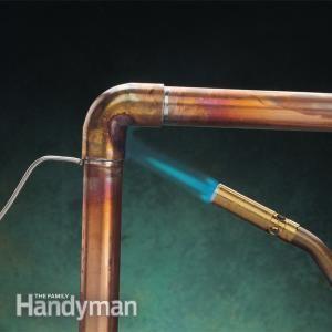 How To Stop A Plumbing Leak Diy Plumbing Plumbing Repair Plumbing Problems