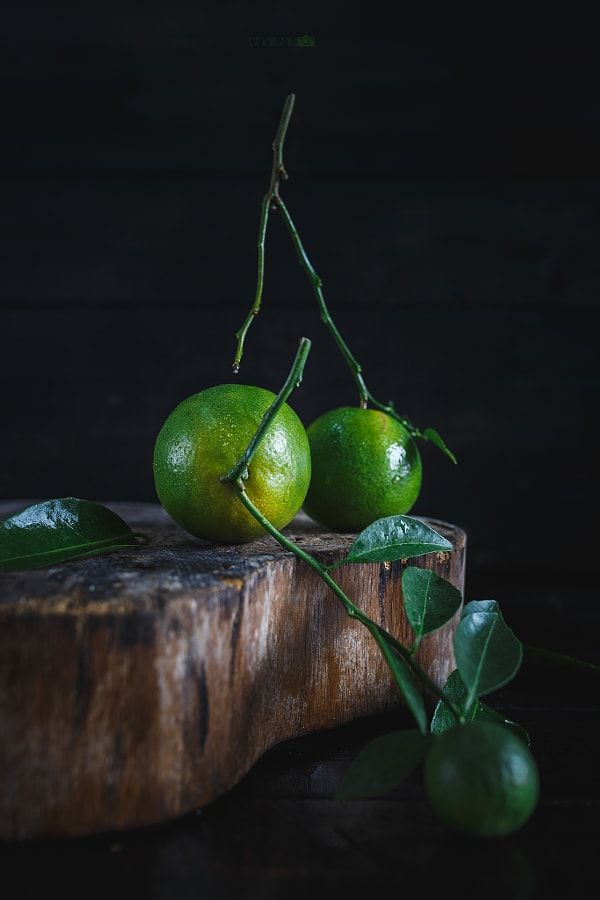 Green Mandarins on the dark background... by Thai Thu - Photo 201032975 / 500px