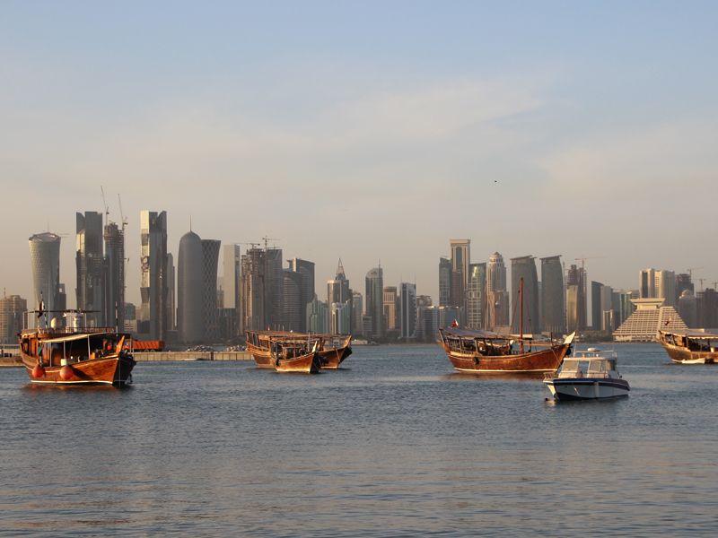 Doha - die Hauptstadt von Katar. Tradition trifft auf Moderne. Alt auf Neu. Hypermodern auf erzkonservativ. Doha - eine Stadt im Kommen.