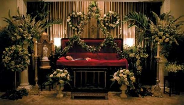 Going Out In Style Casket Flowers Funeral Home Funeral Flowers