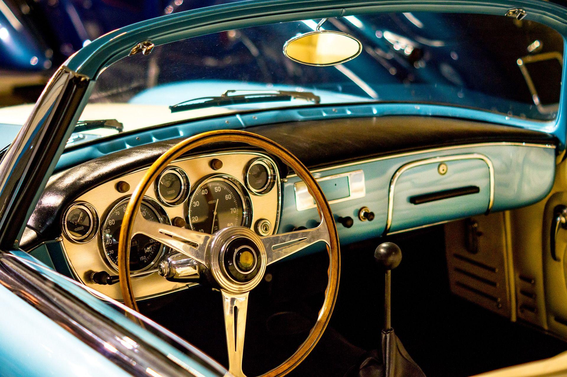 Old is gold. #cars #caraccessory #classiccars #vinatge #vintagecars ...