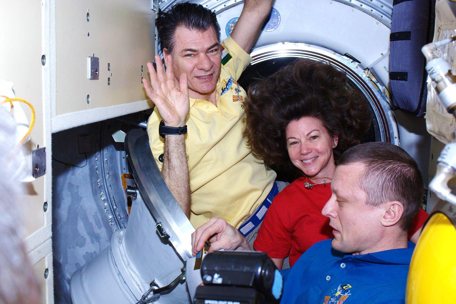 RETURN / RITORNO  European Space Agency - Astronauts