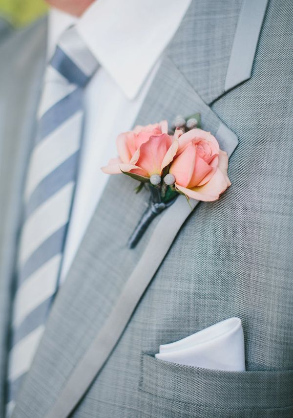 Gris y melocotón, una combinación genial para un #novio / Peach and grey, a perfect combo for the #groom