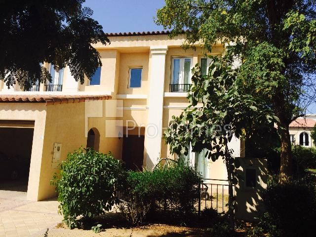 Dubai Investment Park Green Community Aed 4 100 000 Type Townhouse Size 4 176 Square Feet Bedrooms 3 En Suite Bathroo Maids Room House Styles Property
