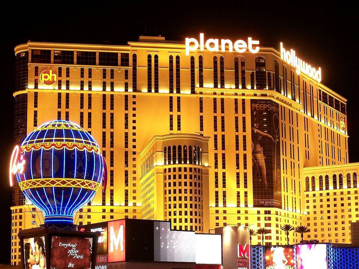 Top 5 Luxury Experiences In Las Vegas Planet hollywood las vegas