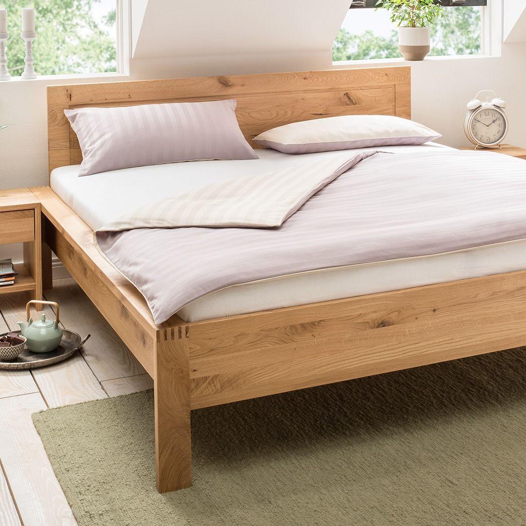 Massivholzbett Malvesia Metallfreies Bett Aus Traditionsmanufaktur In 2020 Massivholzbett Bett Massivholz Modernes Holzbett