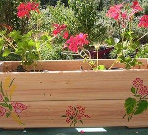 Fabriquer une jardini re partir d 39 une palette en bois - Fabriquer une jardiniere en bois de palette ...