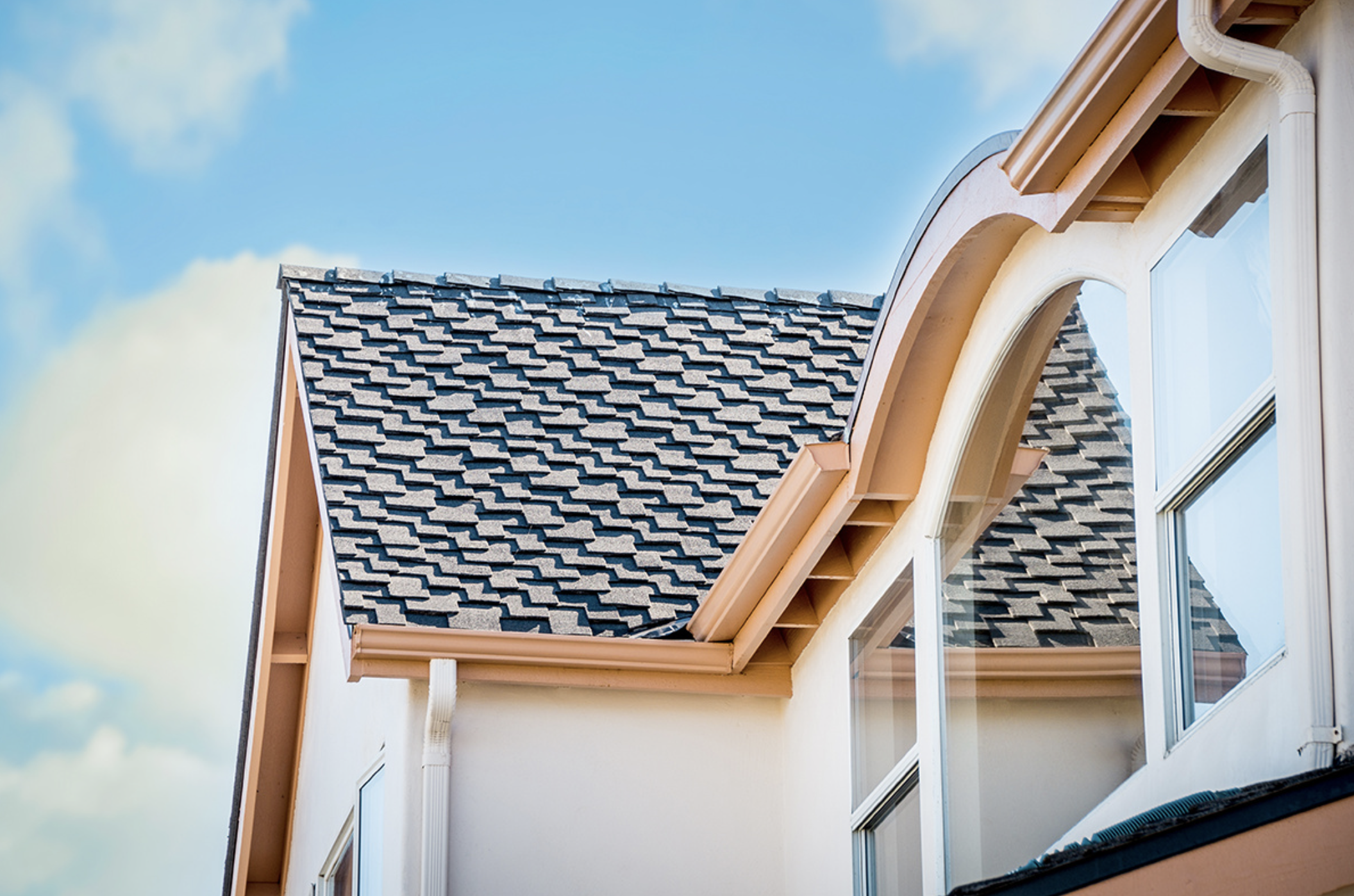 Best Beautiful Architectural Shingles On A Sunny Northern 400 x 300