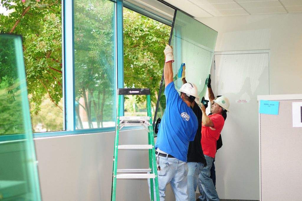 Are You Looking For Glass Replacements Nears Merrylands Majestic Glass Servicing With Over 25 Years Exper Window Glass Repair Window Repair Home Window Repair