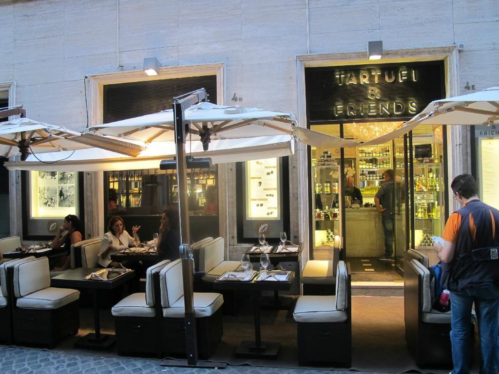 Lovely light meal at Tartufi & Friends, near the Spanish Steps ...