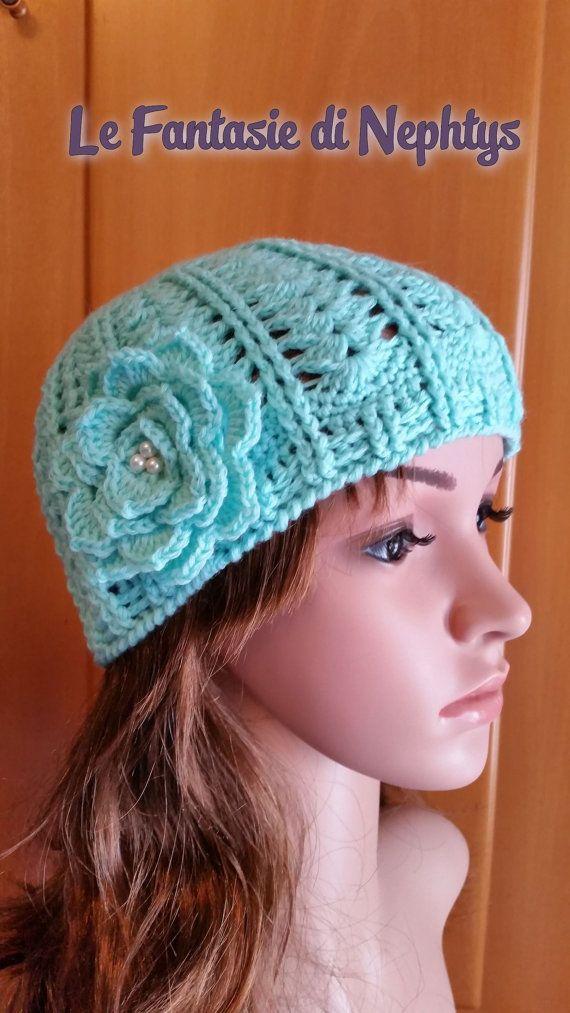 Crochet handmade hat, crocheted with pure wool yarn, soft and warm.