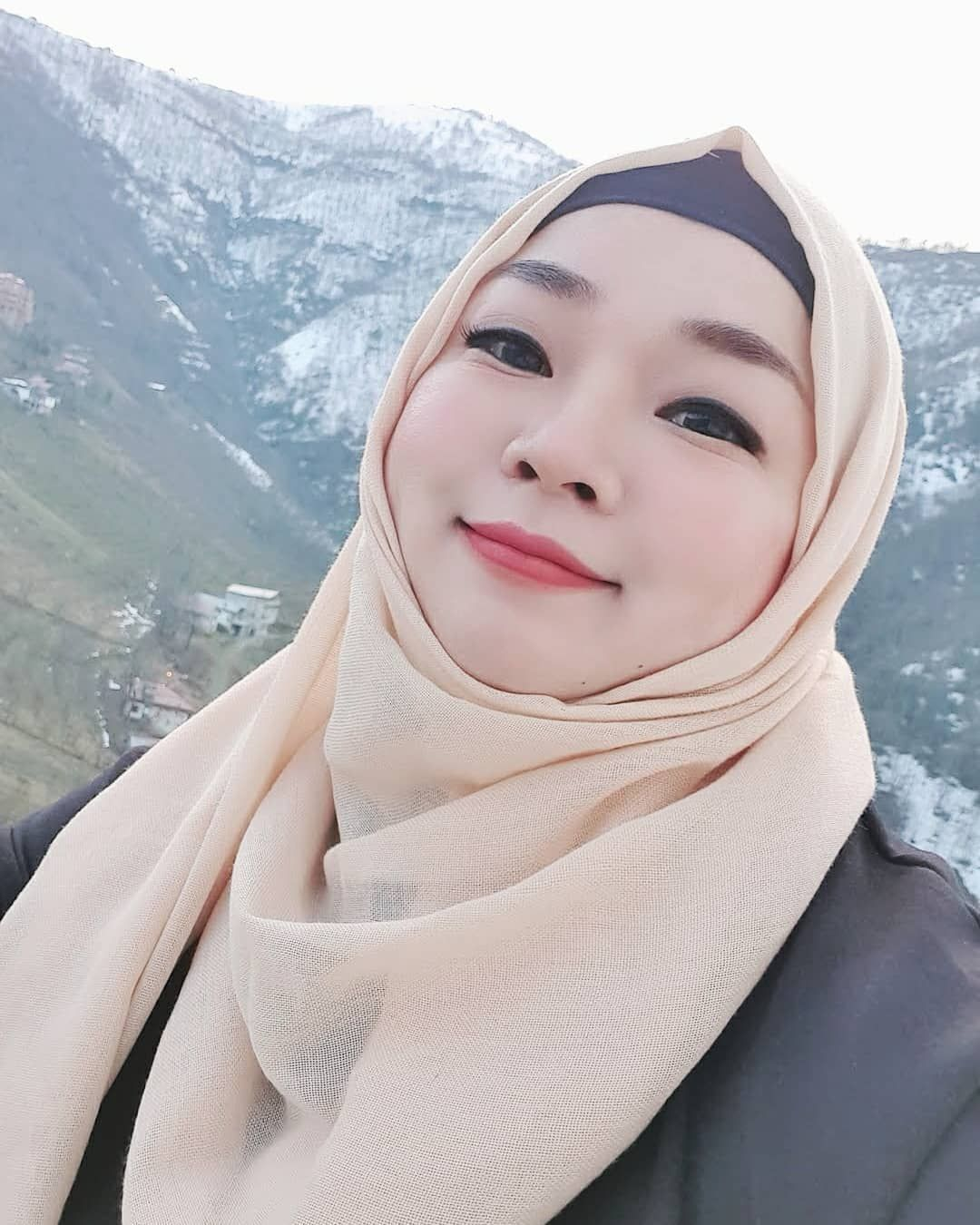 Ayperi | Korean Girls Love Pakistan