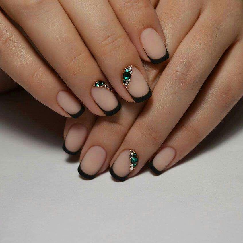 Minimal Black French Manicure