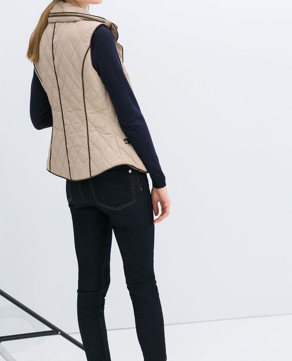 zara - woman - quilted waistcoat | warme outfits