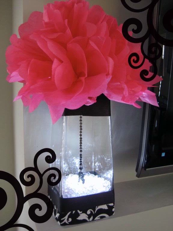 Hot pink and black wedding table decorationsPink Black and