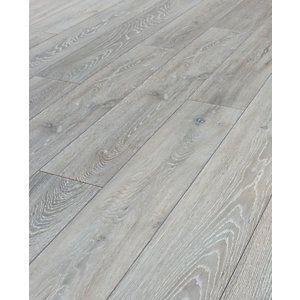 Kronospan Chantilly Oak Laminate Flooring Wickes Co Uk