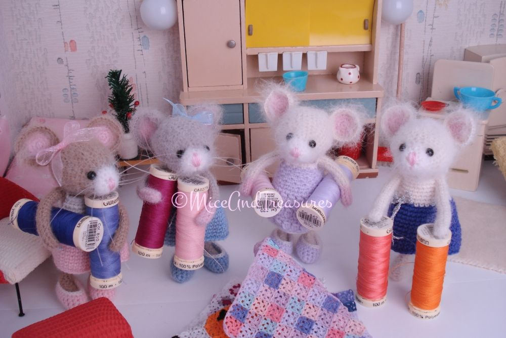 Crochet Tender Mouse very busy