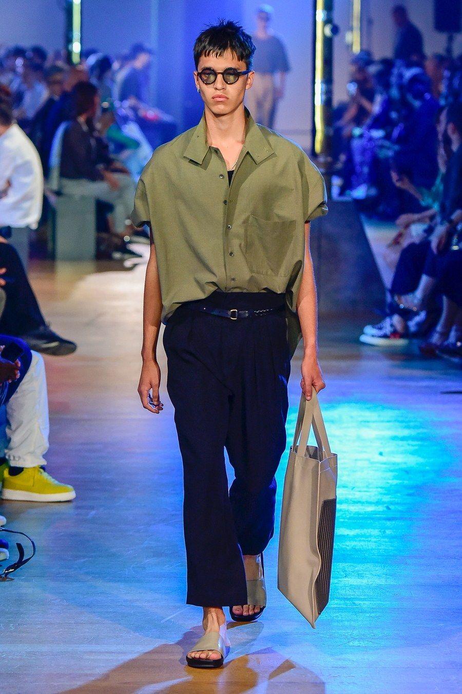 Cerruti 1881 Spring 2019 Menswear Fashion Show – yfkr
