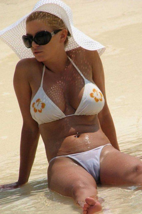 Jessica Simpson White Bikini Camel Toe