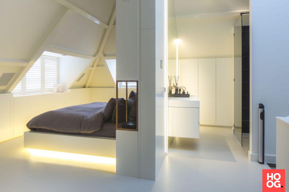 Luxe Slaapkamer Kast : Van boven luxe renovatie zolderverdieping badkamer
