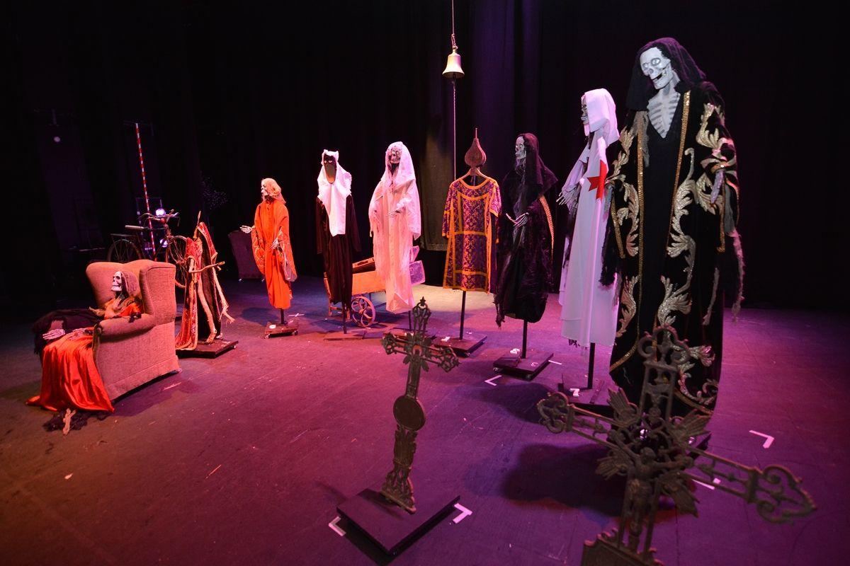 Fabularia Teatro El Señor De Bembibre 2 1 Teatro Bérgidum Ponferrada León Tim Burton Fabulas El Bicentenario