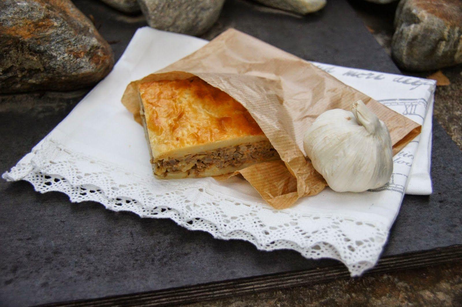 Terhin keittiössä - ruokablogi: Vanhanajan lihapiirakka vie kielen mennessään! (voiskohan tehdä gluteenittomana ja maidottomana versiona jotenkin...?)
