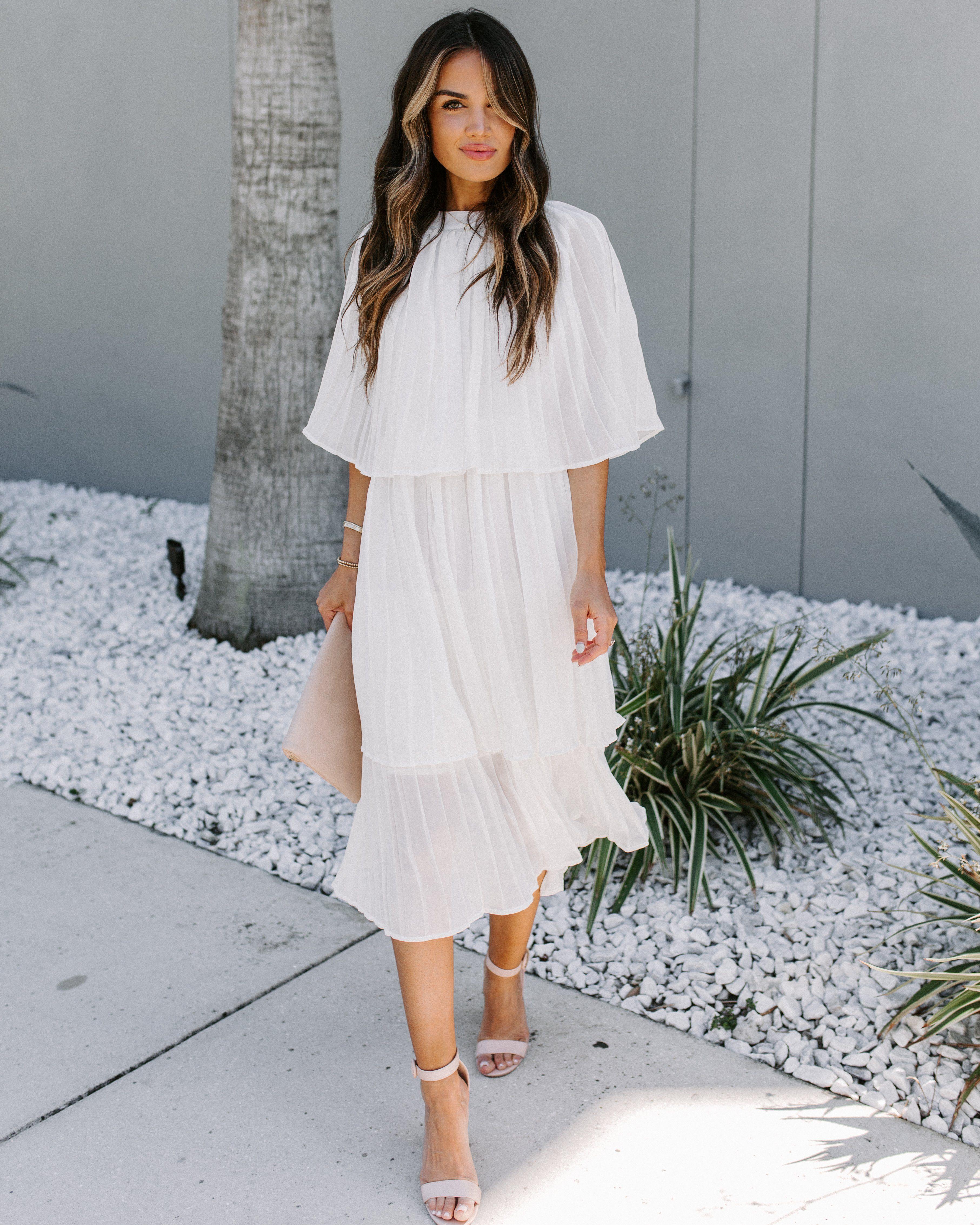Something Borrowed Tiered Midi Cape Dress Final Sale Dresses Stretch Midi Dress Cape Dress [ 4532 x 3626 Pixel ]