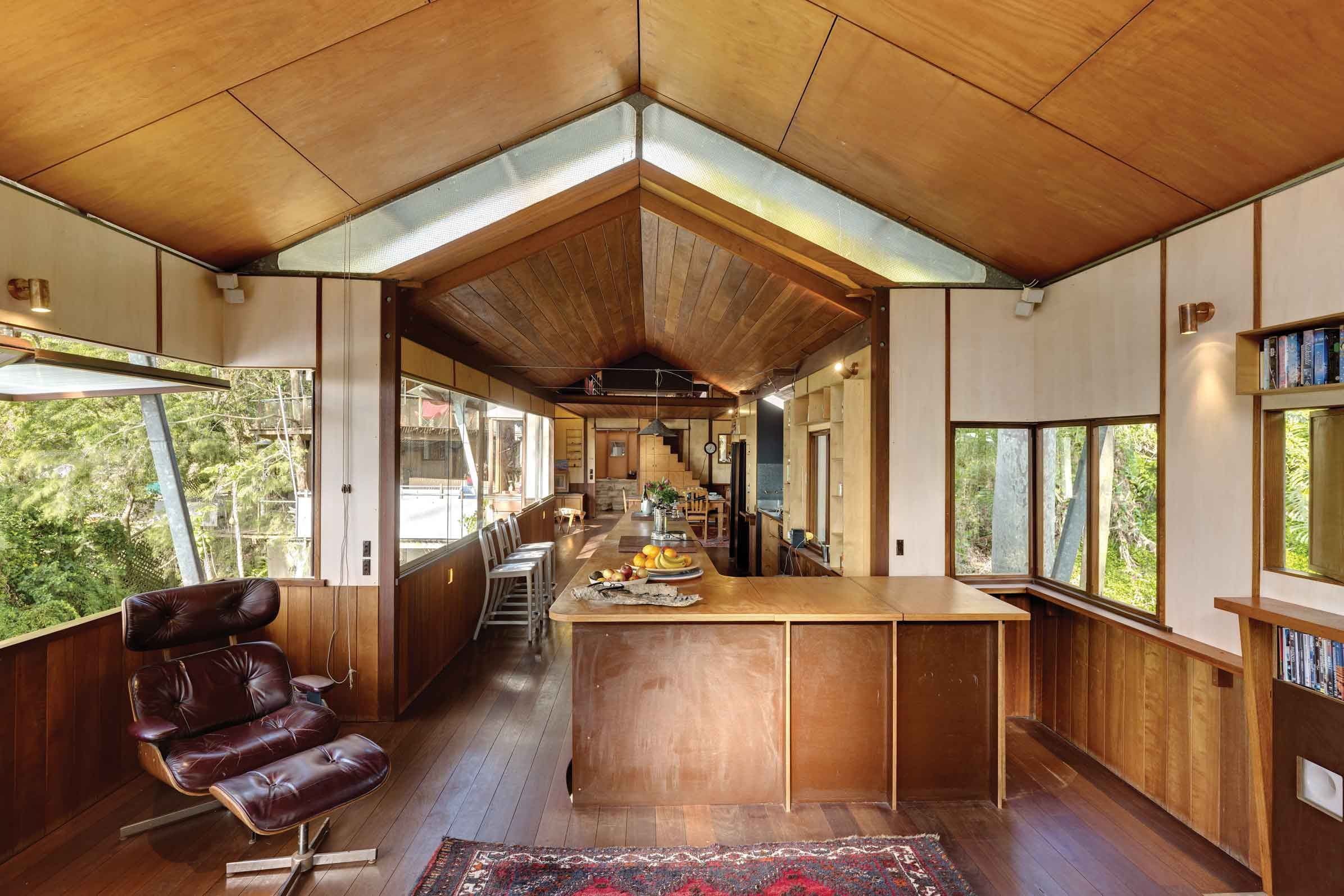 Architect designed house for sale in clareville beach west head by peter stutchbury also rh ar pinterest