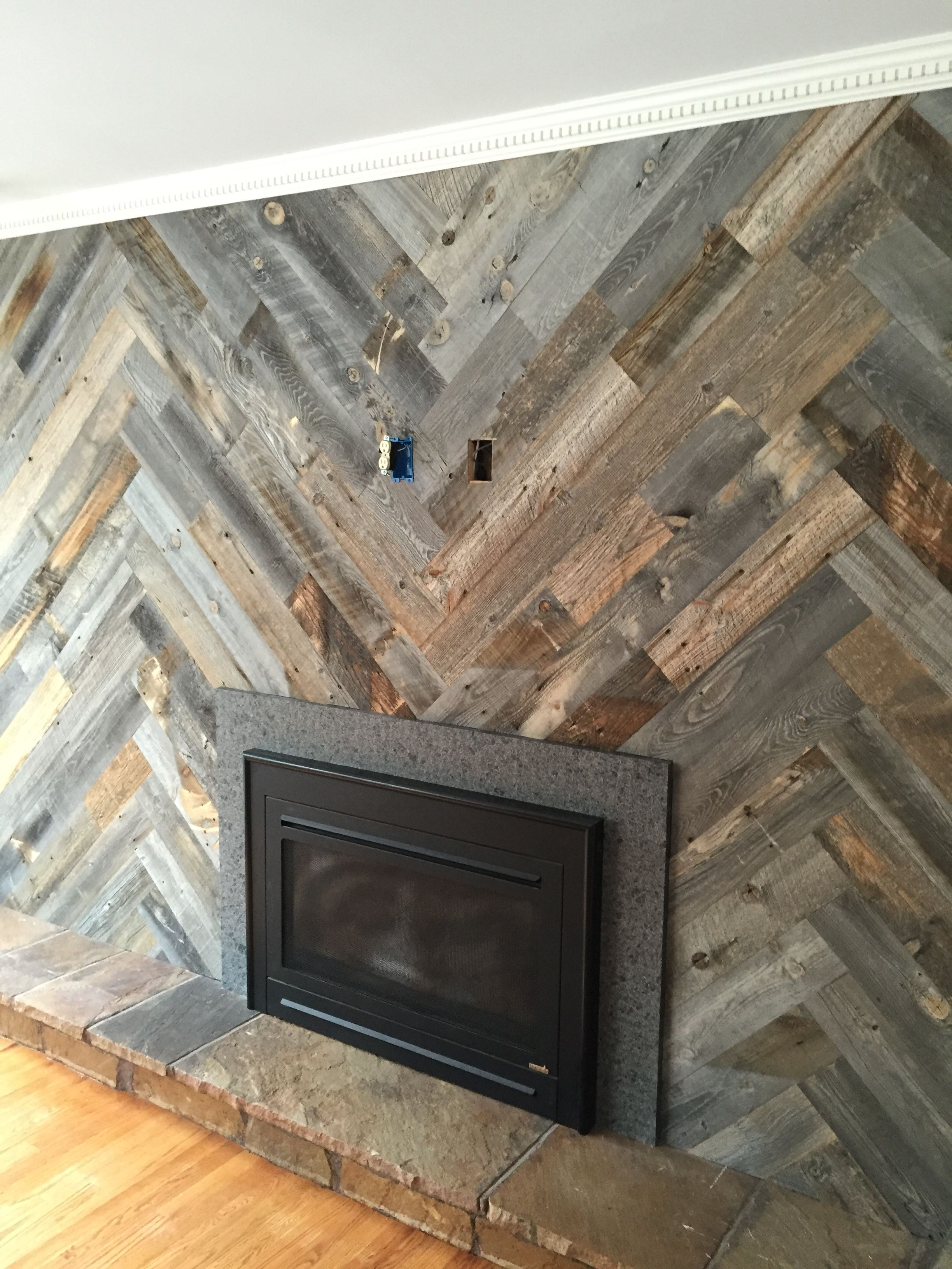 Stikwood Herringbone Pattern Home In 2019 Wood Wall