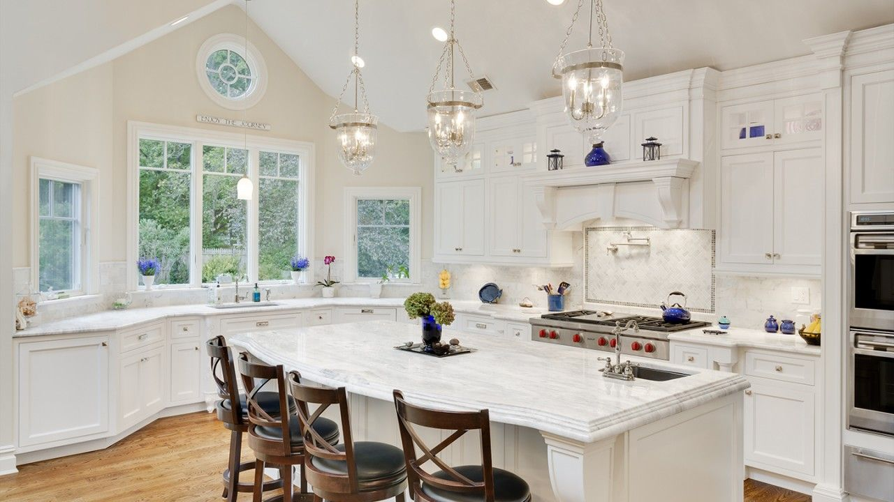 Best Classic White Quartzite Countertop In A Beautiful Dream 640 x 480