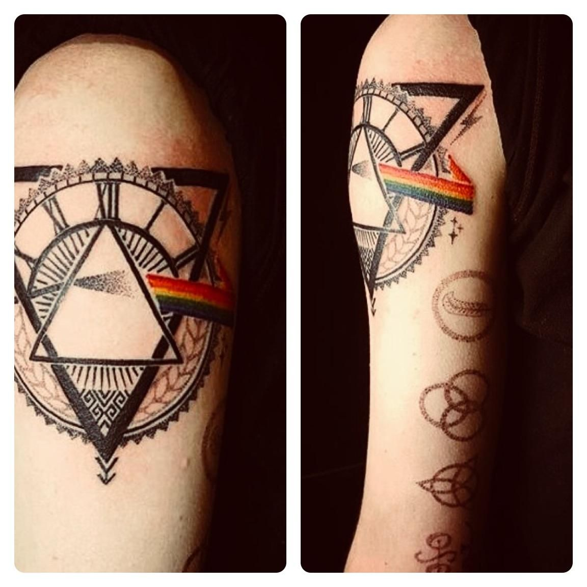 Pink Floyd Tattoo By Jenna Chasinghawk At Pins And Needles Newcastle