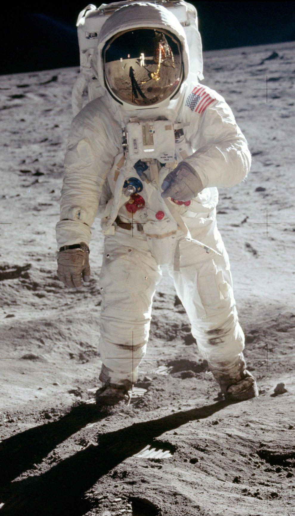 Remembering Apollo 11   Man on the moon, Apollo space ...