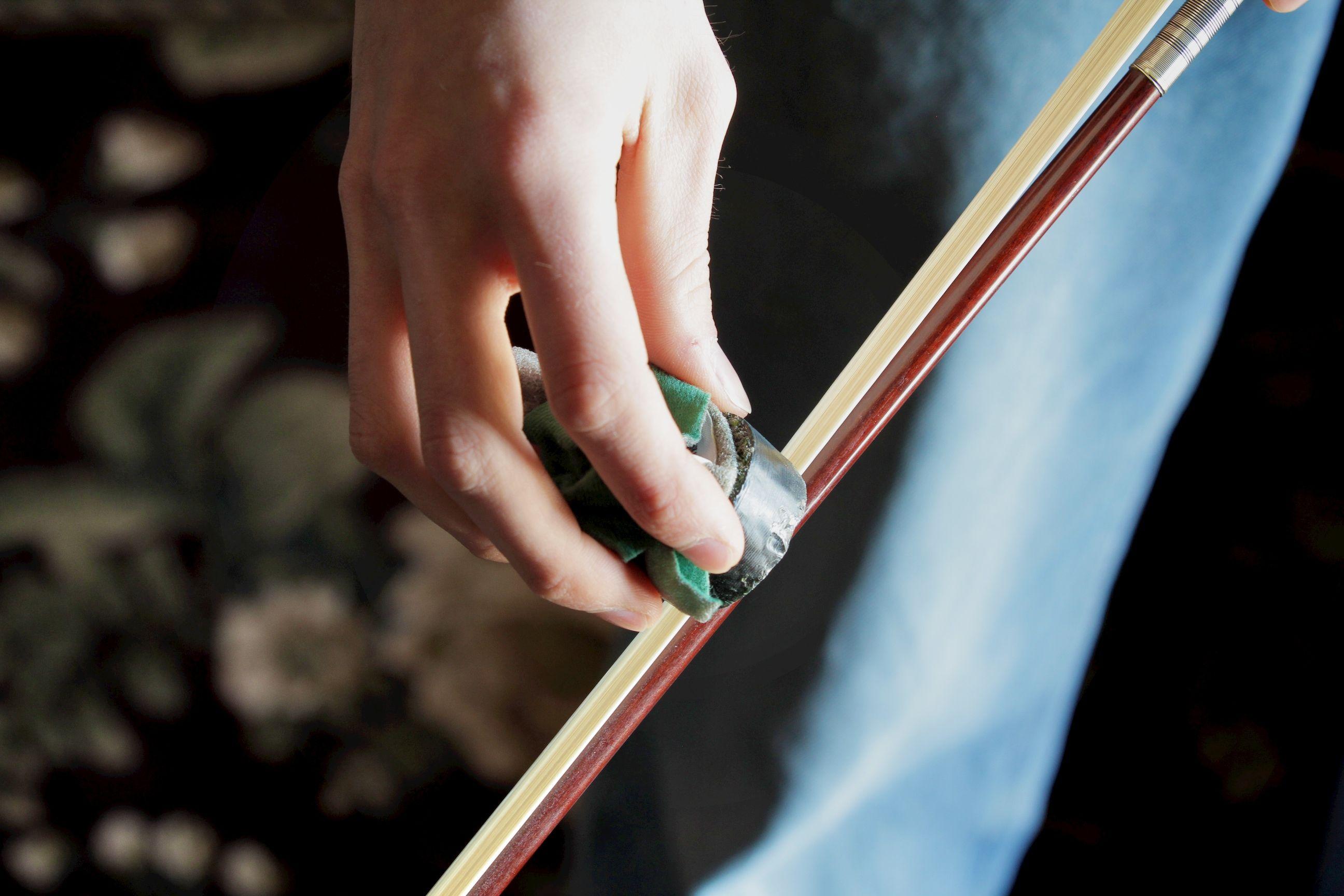 How to clean a violin bow violin bow learn violin violin