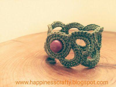 Happiness Crafty: Crochet bracelet ~ Free Pattern, DIY, jewellery ...