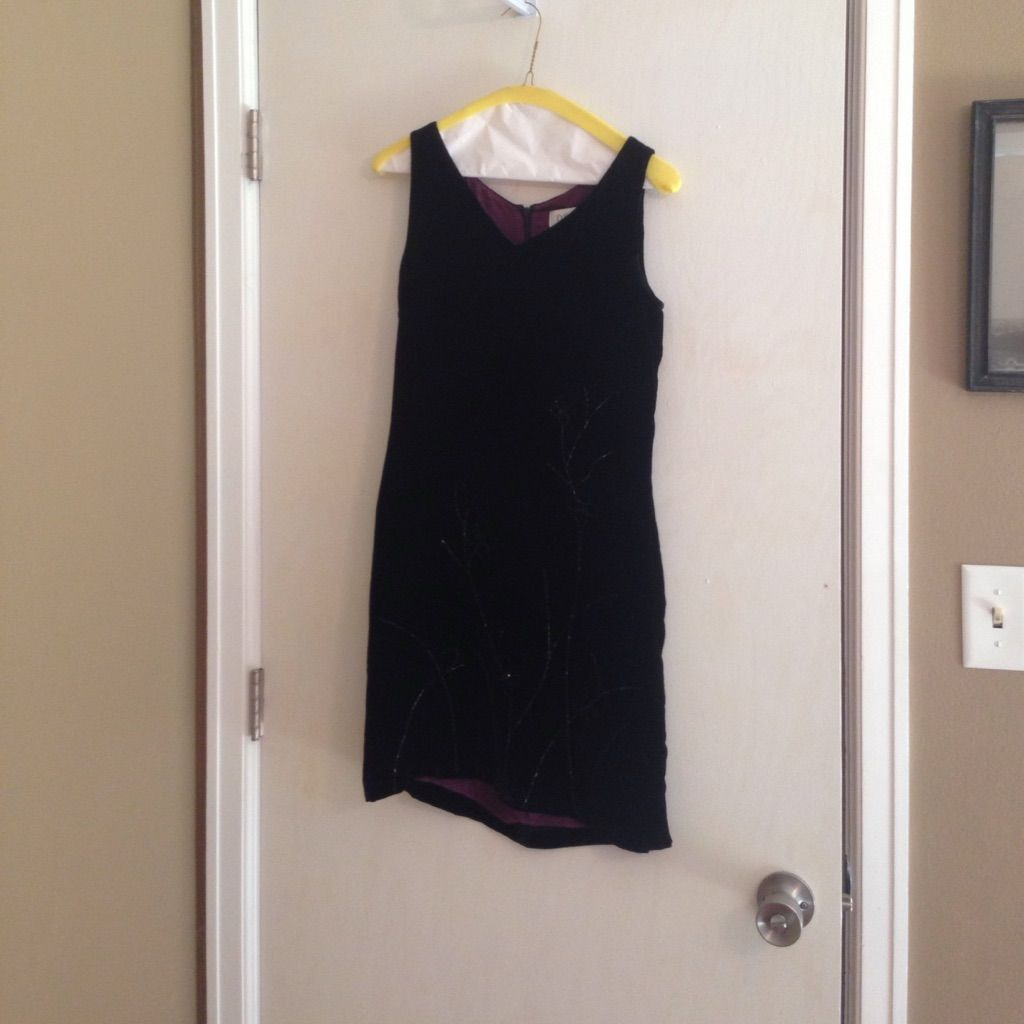 Petite sophisticate black velvet dress size products