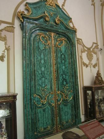 One of the gigantic Malachite Doors in the Malachite Hall at Chapultepec Castle in Mexico City & One of the gigantic Malachite Doors in the Malachite Hall at ... pezcame.com