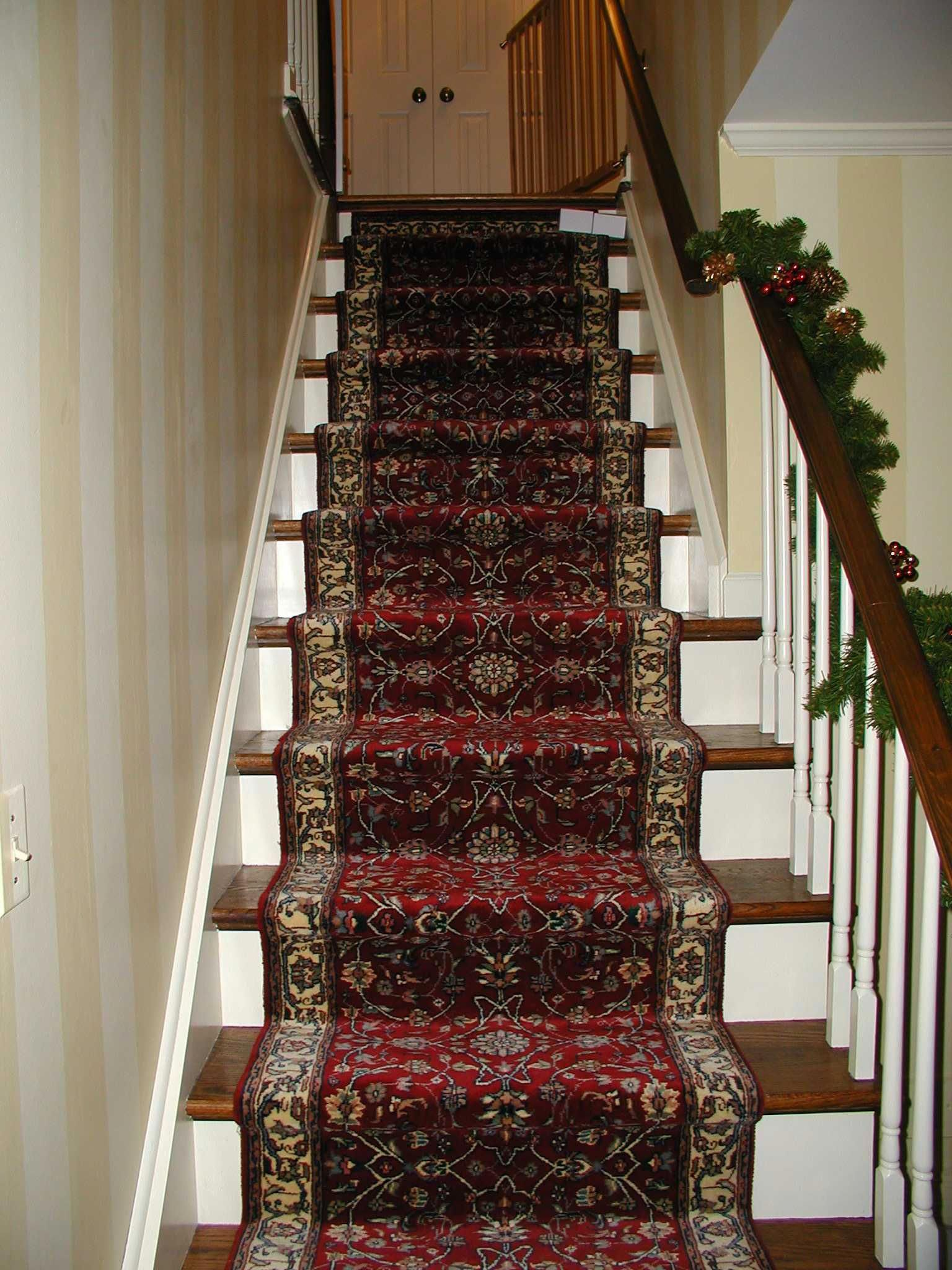 Carpetrunnersformoving in 2020 carpet stairs patterned
