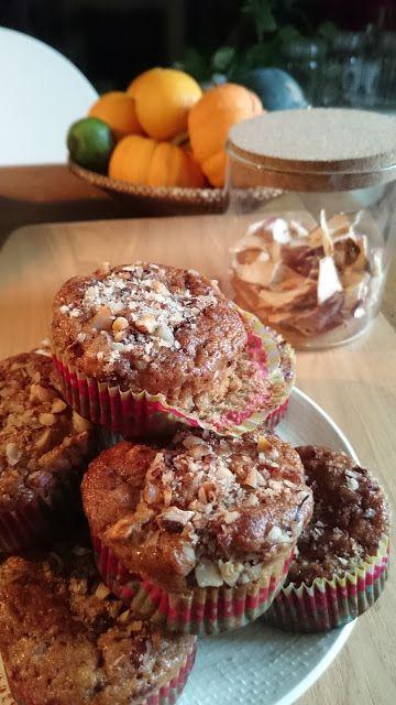 Gourmandises et Merveilles: Muffins aux poires, noisettes, flocons d'avoine et chocolat