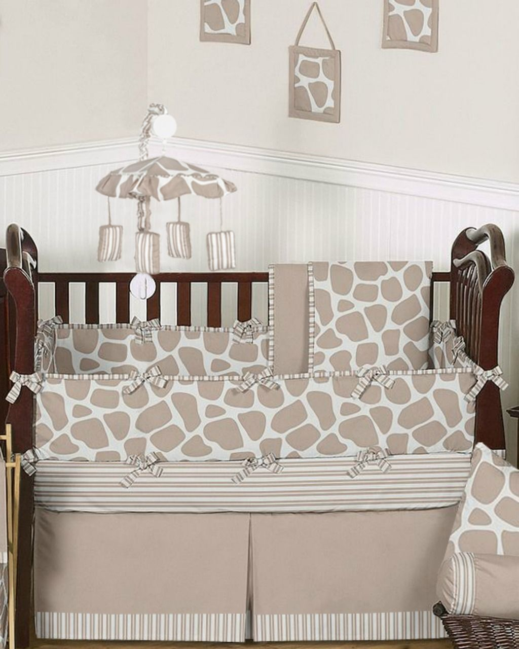 Neutral Giraffe Baby Bedding By Sweet Jojo Designs 9 Piece Crib Set With Images Baby Bed Crib Bedding Boy Baby Bedding Neutral