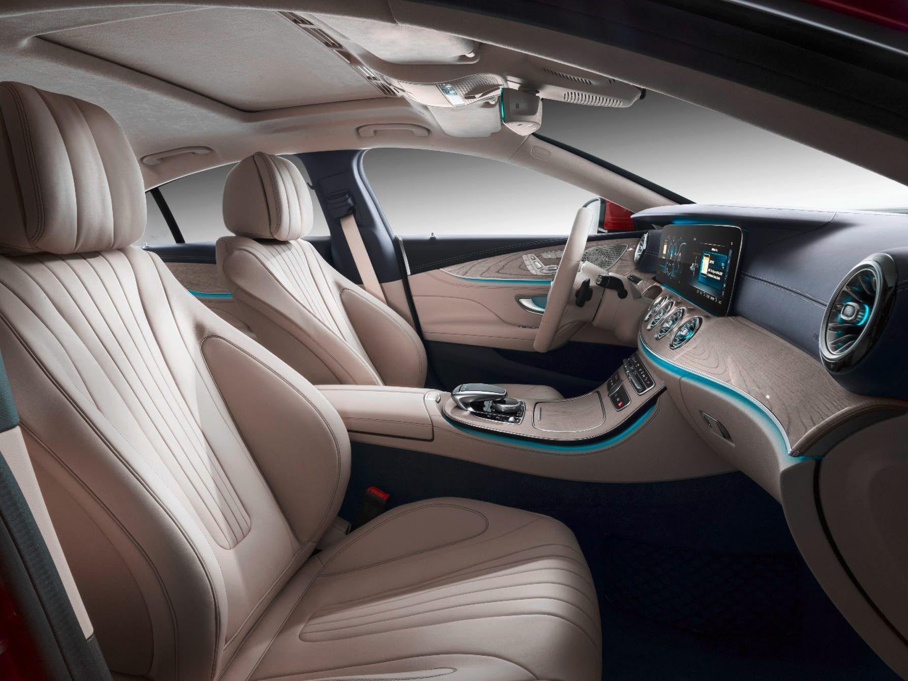 New Generation Mercedes Benz Cls Makes Its Debut Mercedes Cls