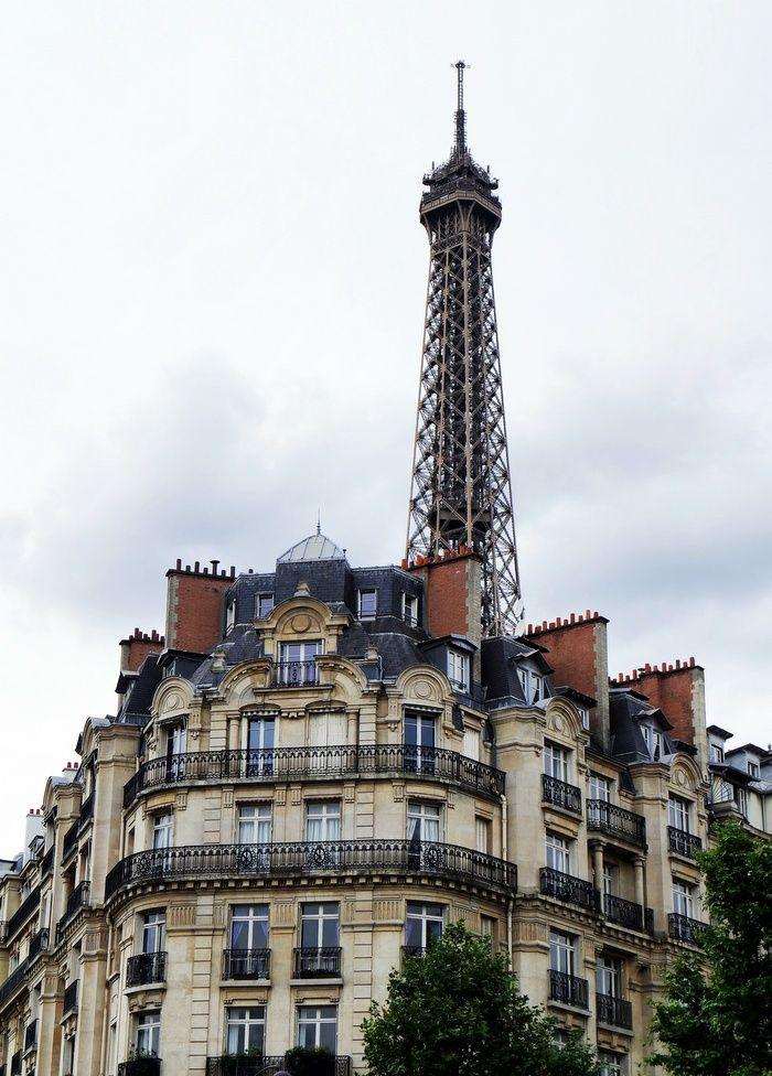 PRESTIGE: La Vie est faite de Petits Bonheurs. Paris