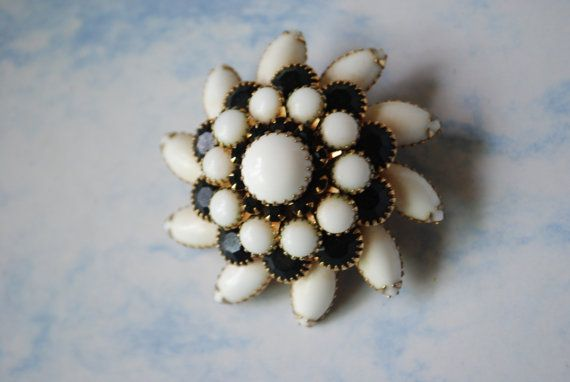 Luxurious vintage 60s white milk glass and navy blue by VezaVe, $35.00