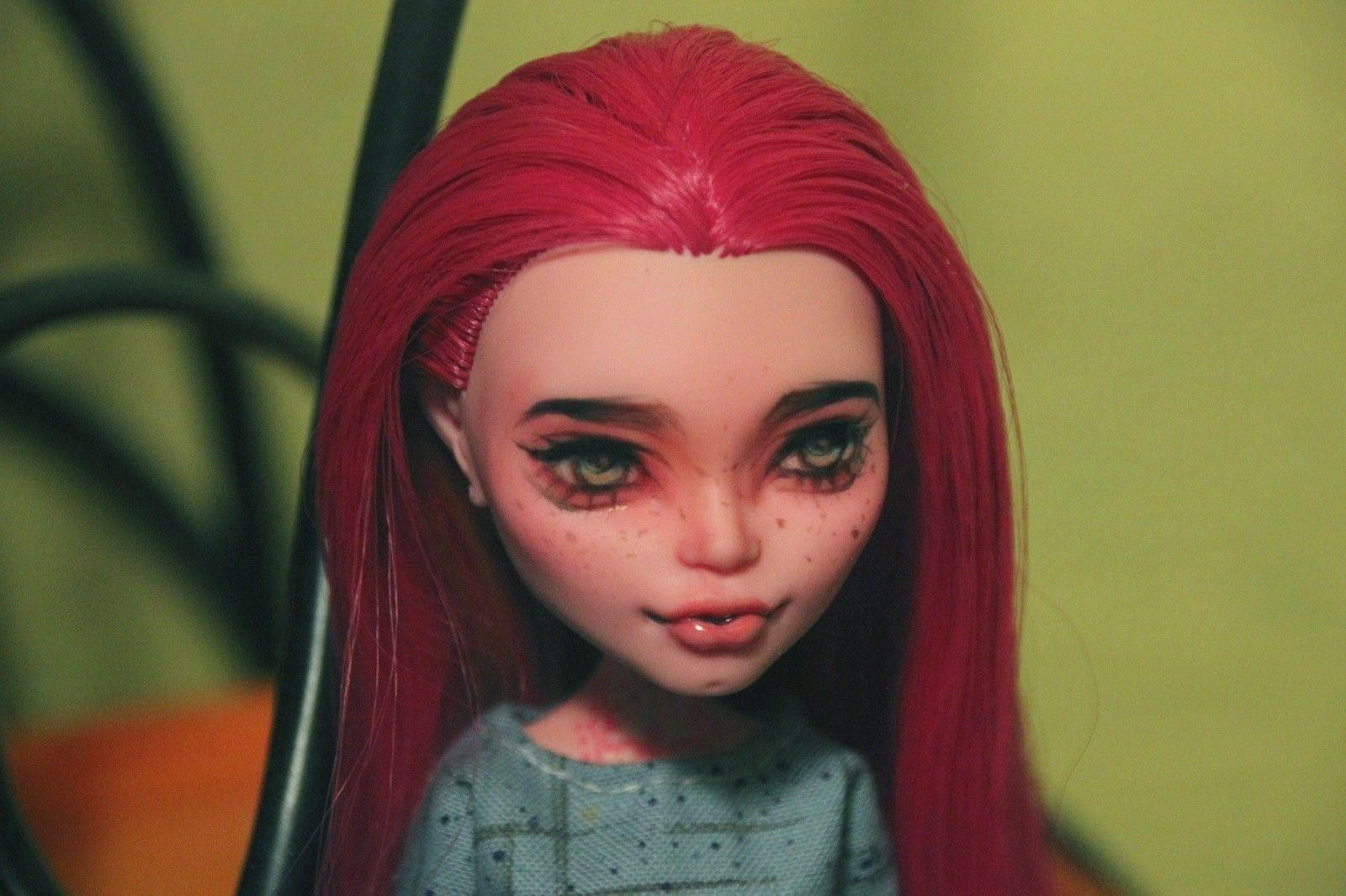 Ooak Monster High Doll Gigi Grant Repainted By Darya Space Her