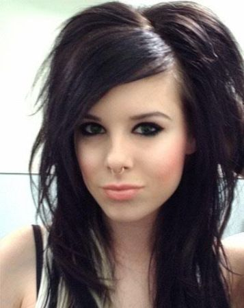 Medium Emo Hairstyle For Girls Haircuts For Long Hair Long Hair Styles Emo Girl Hairstyles