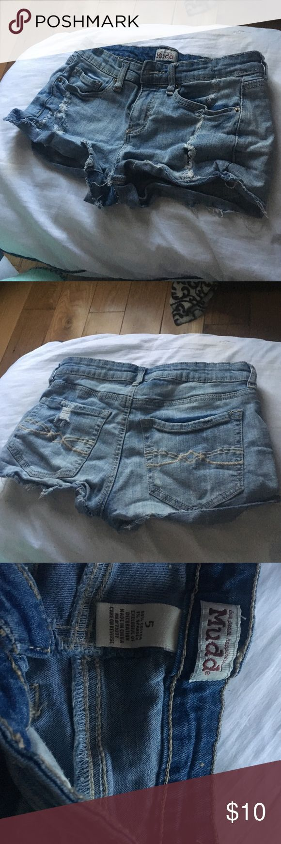 Selling this Mudd Brand Shorts on Poshmark! My username is: jessie_2001. #shopmycloset #poshmark #fashion #shopping #style #forsale #Mudd #Pants